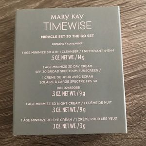 Mary Kay Timewise Miracle Set 3D The Go Set